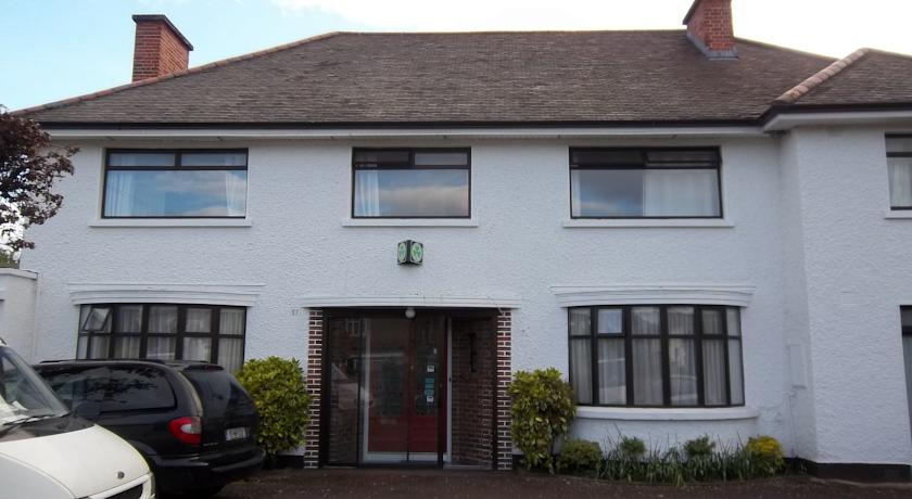 Bed and Breakfast near UCD - Donnybrook Lodge