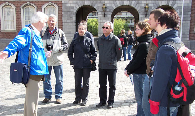 pat liddy walking tour-dublin