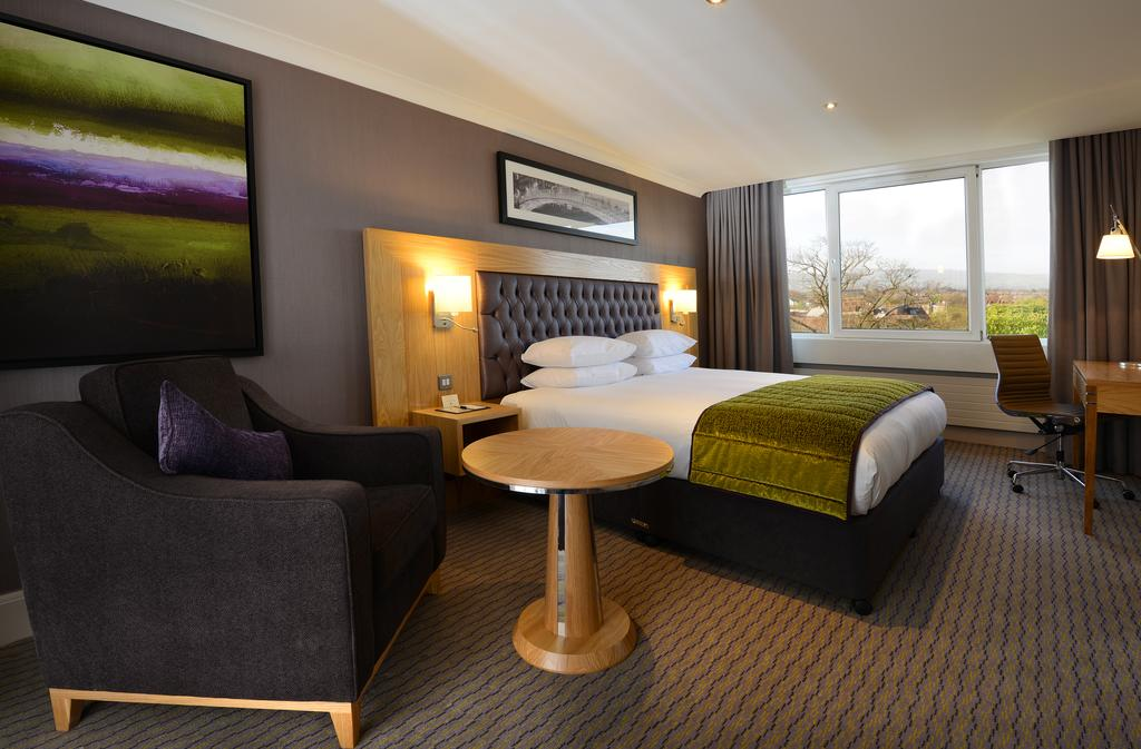 Cheapest Hotels in Dublin for New Year's Eve 2019