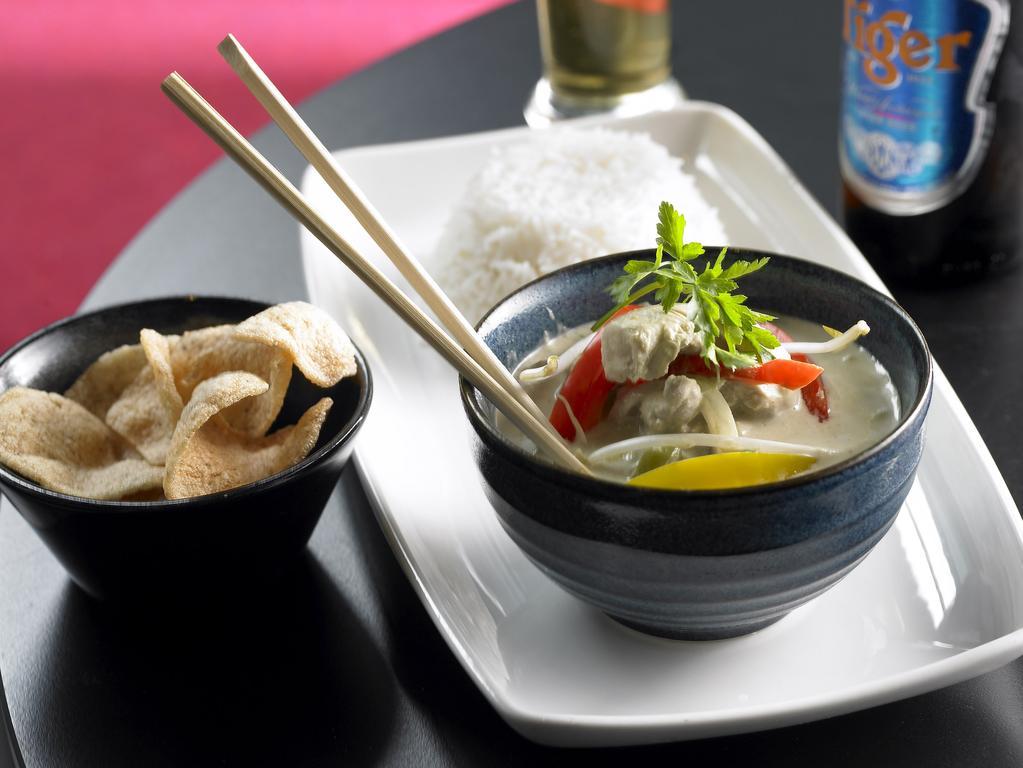 Gibson Hotel Dublin oriental food
